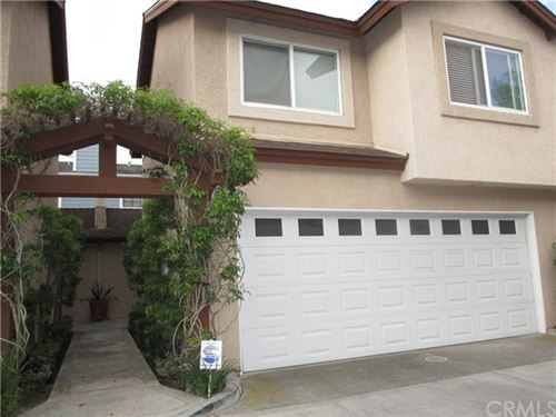 Photo of 2233 Fairview Road #L, Costa Mesa, CA 92627 (MLS # OC20103947)