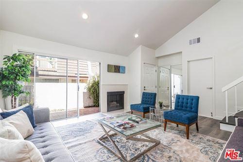 Photo of 18356 Collins Street #B, Tarzana, CA 91356 (MLS # 20601948)