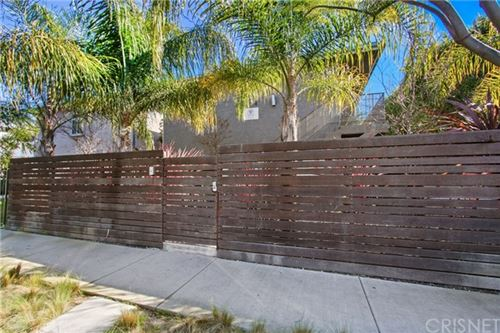 Photo of 634 Westminster Avenue, Venice, CA 90291 (MLS # SR20024948)