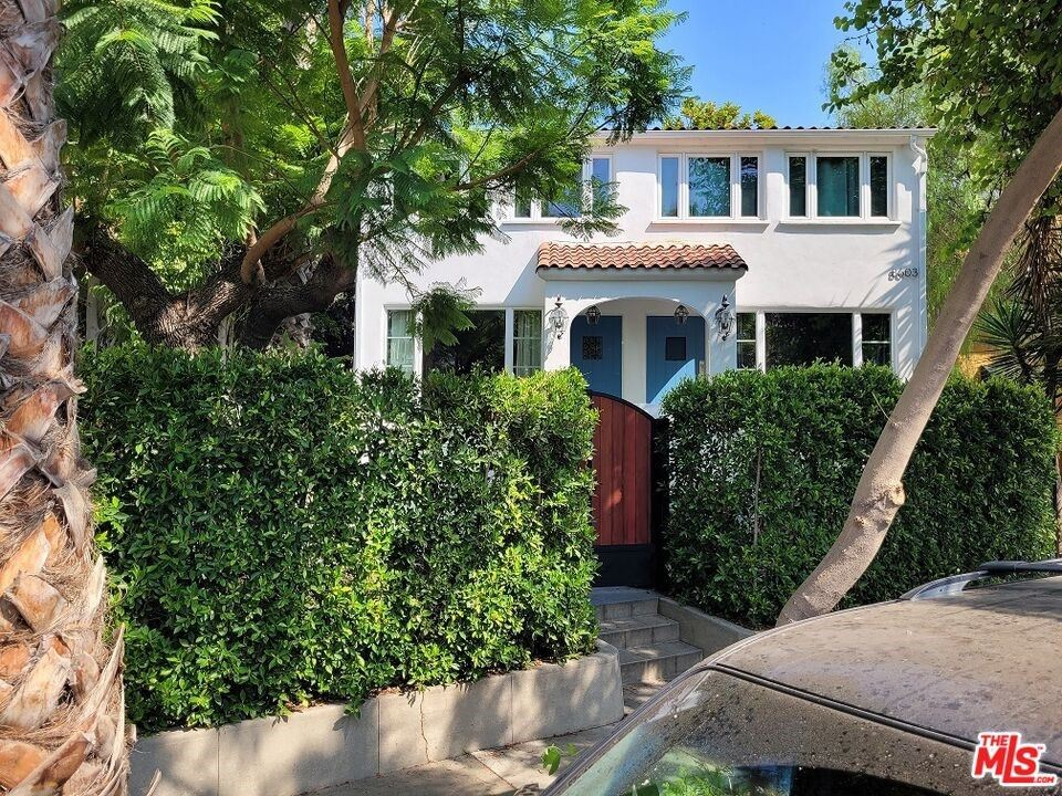 Photo of 8605 RUGBY Drive, West Hollywood, CA 90069 (MLS # 21764948)