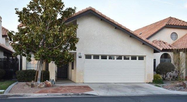 19250 Olive Way, Apple Valley, CA 92308 - MLS#: 531948