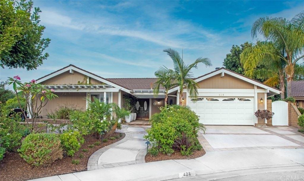 Photo of 424 S Oakgrove Circle, Anaheim Hills, CA 92807 (MLS # OC21154949)