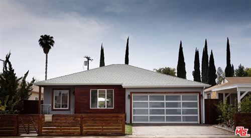 Photo of 17642 Calvert Street, Encino, CA 91316 (MLS # 21677950)
