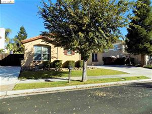 Photo of 537 Cashew Pl, Brentwood, CA 94513 (MLS # 40886950)