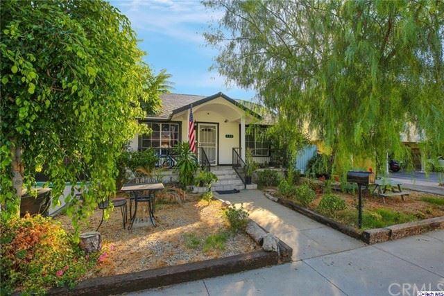Photo of 538 PALM Drive, Glendale, CA 91202 (MLS # 320005951)