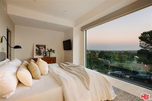 Photo of 1409 Ashland Avenue, Santa Monica, CA 90405 (MLS # 21793952)