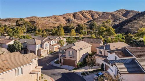 Photo of 587 Yarrow Drive, Simi Valley, CA 93065 (MLS # 220010952)
