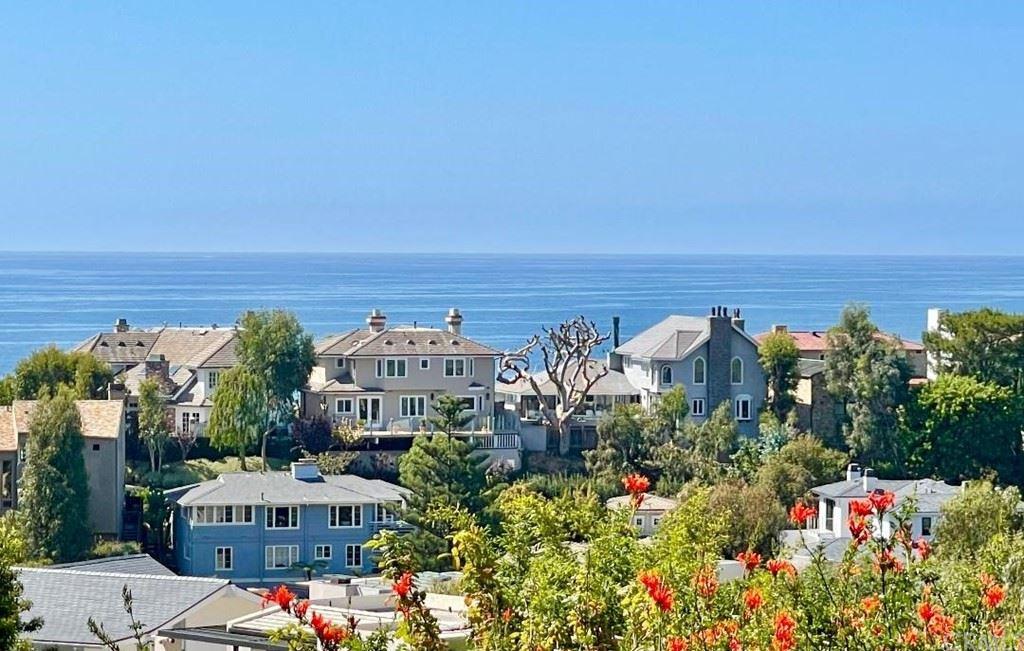 Photo of 329 Emerald Bay, Laguna Beach, CA 92651 (MLS # LG21224952)