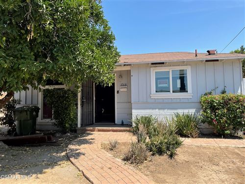 Photo of 17619 Kingsbury Street, Granada Hills, CA 91344 (MLS # 221003953)