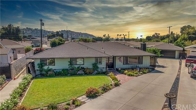 Photo of 542 E Walnut Avenue, Glendora, CA 91741 (MLS # CV20199953)