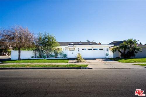 Photo of 3942 Kitten Circle, Huntington Beach, CA 92649 (MLS # 21699954)