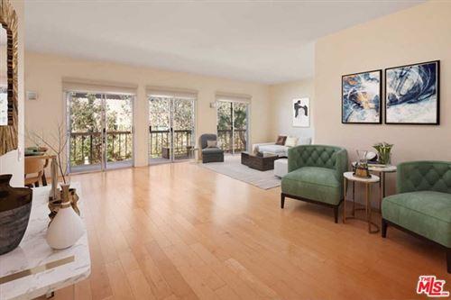 Photo of 612 S Barrington Avenue #315, Los Angeles, CA 90049 (MLS # 21699956)