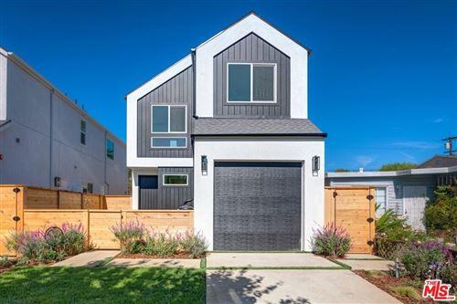 Photo of 12431 Wagner Street, Los Angeles, CA 90066 (MLS # 21792956)