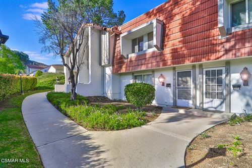 Photo of 228 Green Lea Place, Thousand Oaks, CA 91361 (MLS # 221001956)