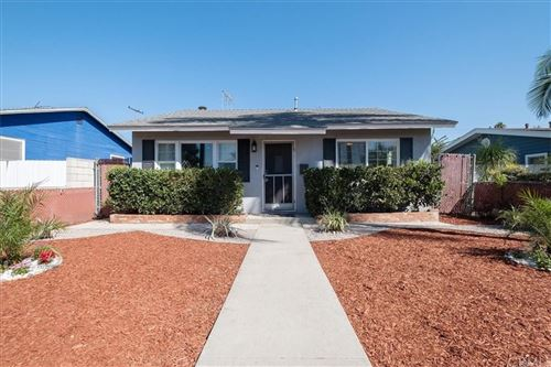 Photo of 1217 W Damon Avenue, Anaheim, CA 92802 (MLS # OC21206957)