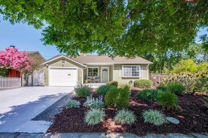 855 Knickerbocker Drive, Sunnyvale, CA 94087 - #: ML81847957