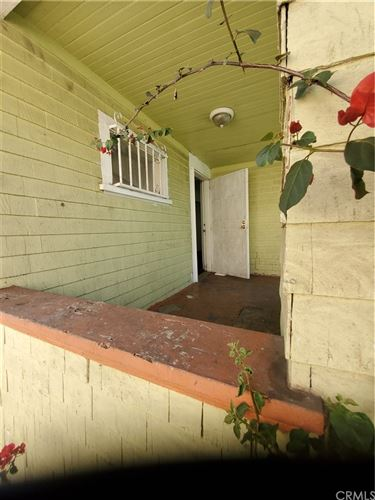 Tiny photo for 1618 W 12th Place, Los Angeles, CA 90015 (MLS # DW19018958)