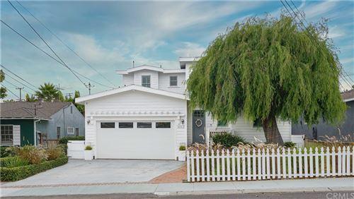Photo of 1012 E Mariposa Avenue, El Segundo, CA 90245 (MLS # SB21216958)