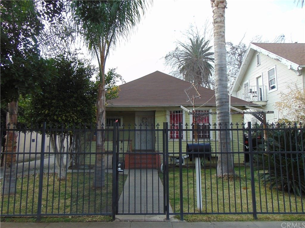Photo for 1618 W 12th Place, Los Angeles, CA 90015 (MLS # DW19018958)
