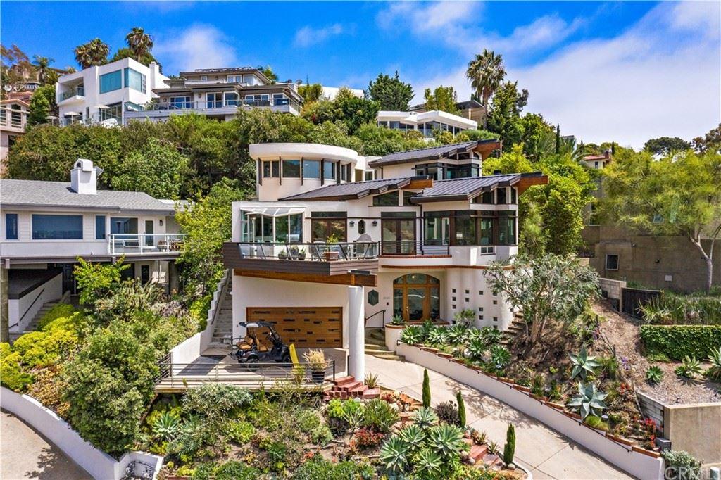 Photo for 552 Temple Hills Drive, Laguna Beach, CA 92651 (MLS # OC21144958)