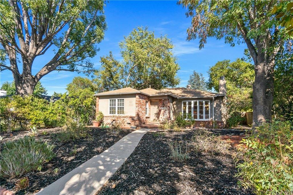 Photo of 5136 Nagle Avenue, Sherman Oaks, CA 91423 (MLS # SR21208959)