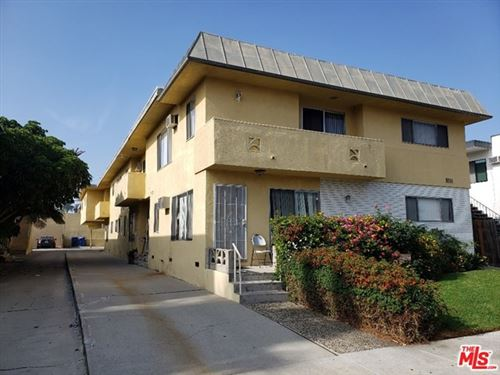 Photo of 3111 S Canfield Avenue #4, Los Angeles, CA 90034 (MLS # 20659960)