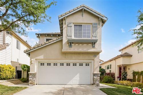 Photo of 25819 Wordsworth Lane, Stevenson Ranch, CA 91381 (MLS # 21727960)