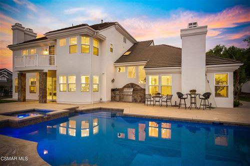 Photo of 90 Valley Vista Drive, Camarillo, CA 93010 (MLS # 221004960)