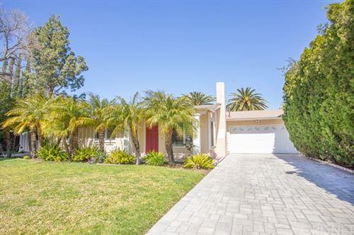 Photo of 9512 Rudnick Avenue, Chatsworth, CA 91311 (MLS # SR21053960)