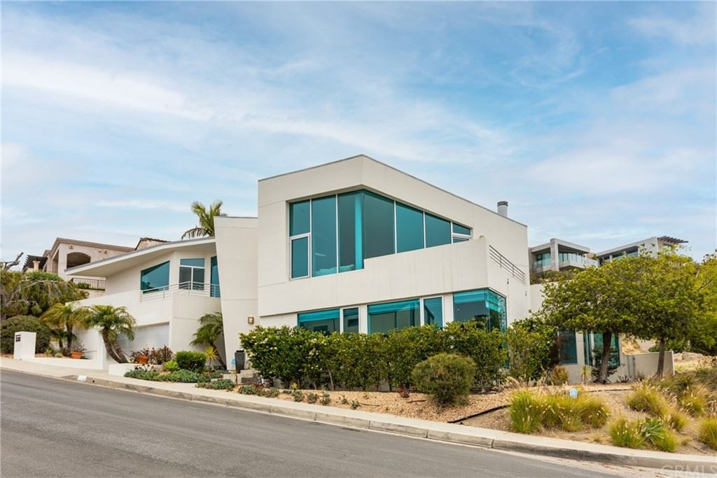 Photo for 600 LORETTA Drive, Laguna Beach, CA 92651 (MLS # LG21136960)