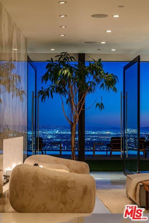 Photo of 520 Leslie Lane, Beverly Hills, CA 90210 (MLS # 21691962)