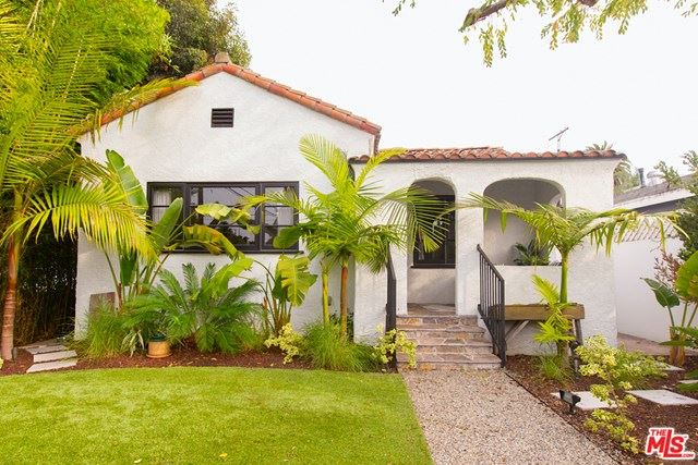 Photo of 860 Marco Place, Venice, CA 90291 (MLS # 21695962)