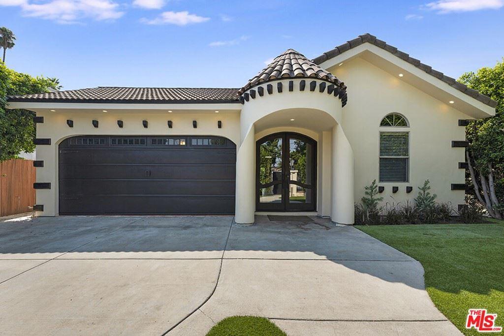 Photo of 14312 Kittridge Street, Van Nuys, CA 91405 (MLS # 21786962)