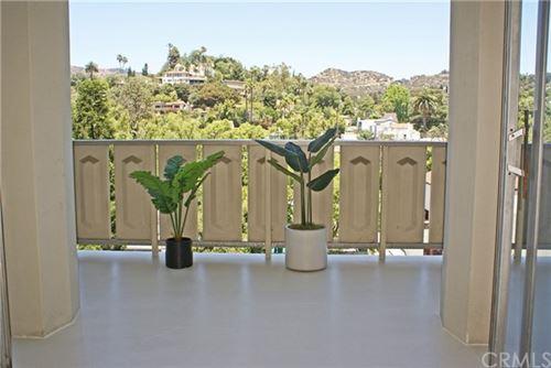 Photo of 4411 Los Feliz Blvd. #604, Los Angeles, CA 90027 (MLS # AR21137963)