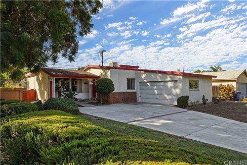 Photo of 14650 Mumford Street, Panorama City, CA 91402 (MLS # SR21225963)