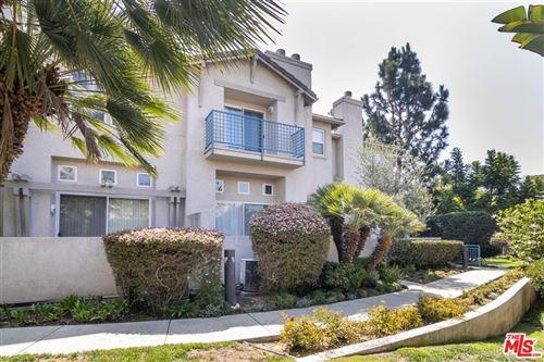 Photo of 7805 Hannum Avenue, Culver City, CA 90230 (MLS # 21784964)