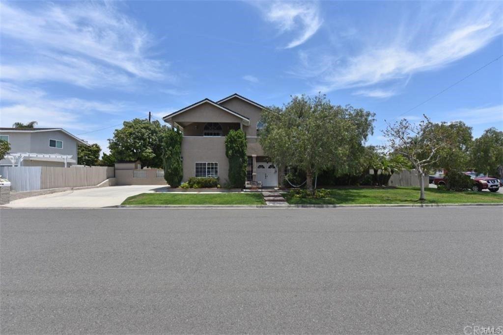 2004 Arnold Avenue, Costa Mesa, CA 92627 - MLS#: NP21197964