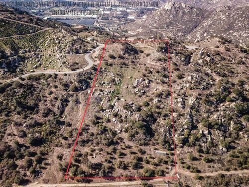 Photo of 0 Rainbow Peaks Trail 59, Fallbrook, CA 92028 (MLS # NDP2002965)