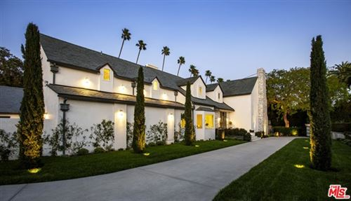 Photo of 1008 N BENEDICT CANYON Drive, Beverly Hills, CA 90210 (MLS # 20575966)
