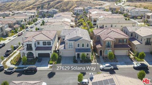 Photo of 27629 Solana Way, Santa Clarita, CA 91350 (MLS # 20596966)