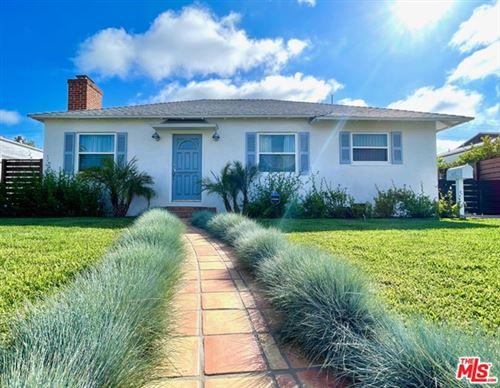 Photo of 2807 S Barrington Avenue, Los Angeles, CA 90064 (MLS # 21746966)