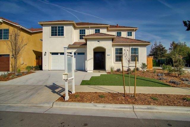 1035 El Cerro Drive, Hollister, CA 95023 - #: ML81807966