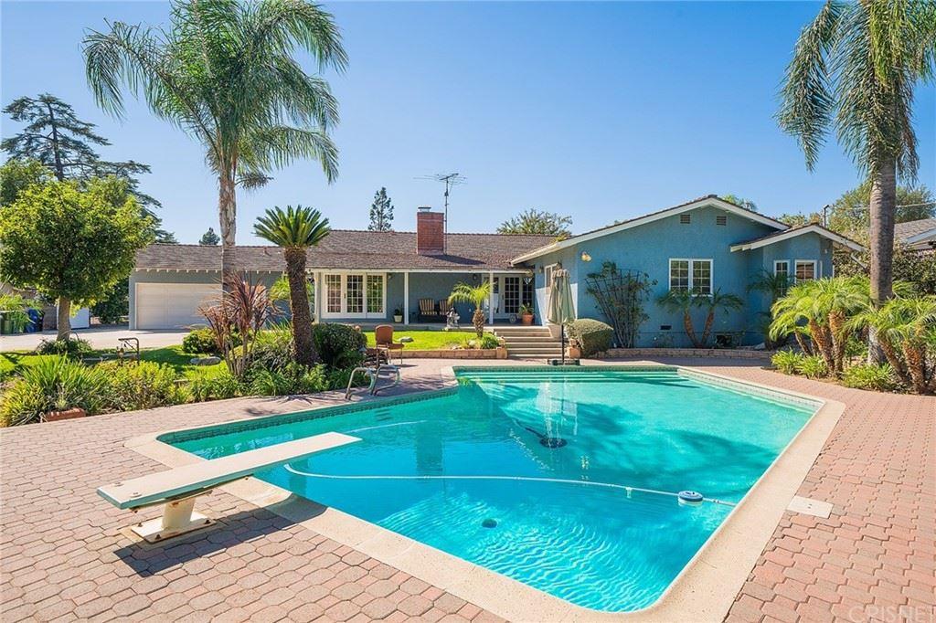 Photo of 11222 Yarmouth Avenue, Granada Hills, CA 91344 (MLS # SR21221966)