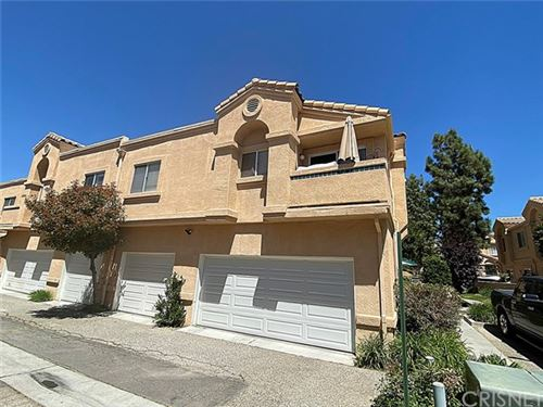 Photo of 18844 Vista Del Canon #E, Newhall, CA 91321 (MLS # SR20096967)