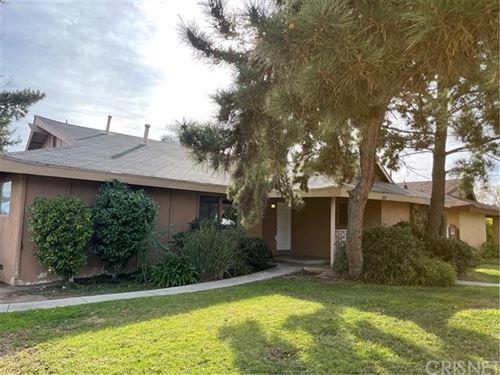 Photo of 16010 Parthenia Street, North Hills, CA 91343 (MLS # SR21022967)