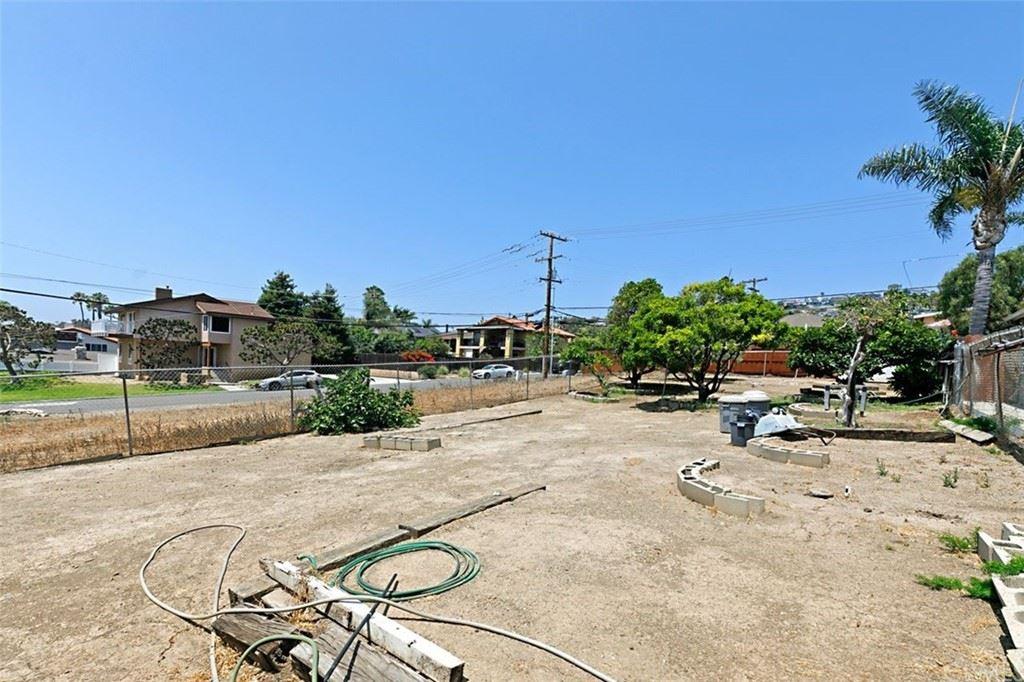 Photo of 34522 Calle Naranja, Dana Point, CA 92624 (MLS # OC21165967)