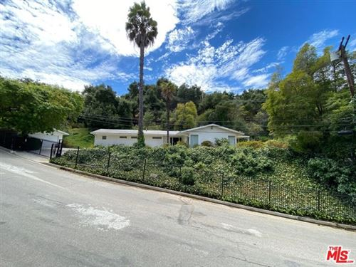 Photo of 9748 Oak Pass Road, Beverly Hills, CA 90210 (MLS # 20617968)