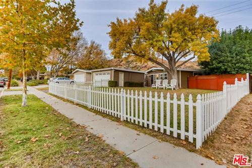 Photo of 27368 Santa Clarita Road, Saugus, CA 91350 (MLS # 20662968)