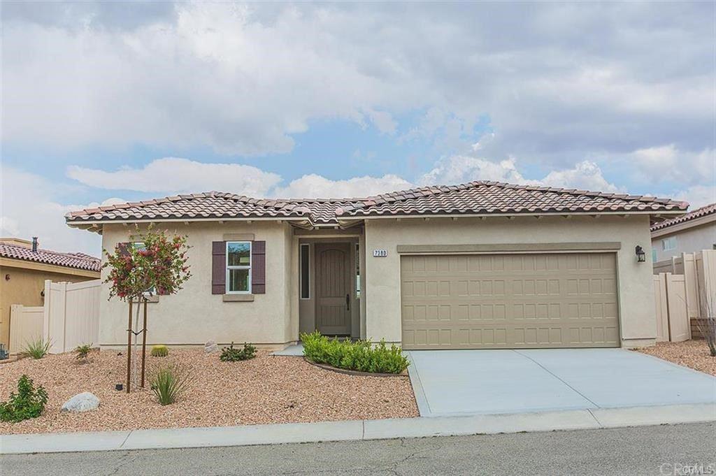 56620 Desert Vista Circle, Yucca Valley, CA 92284 - MLS#: IV21189968