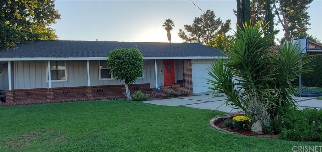 Photo for 8125 Hatillo Avenue, Winnetka, CA 91306 (MLS # SR21160968)